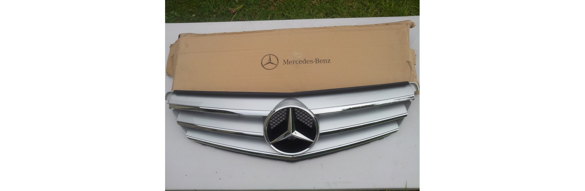 Radiator grille Mercedes-Benz C-Class W204
